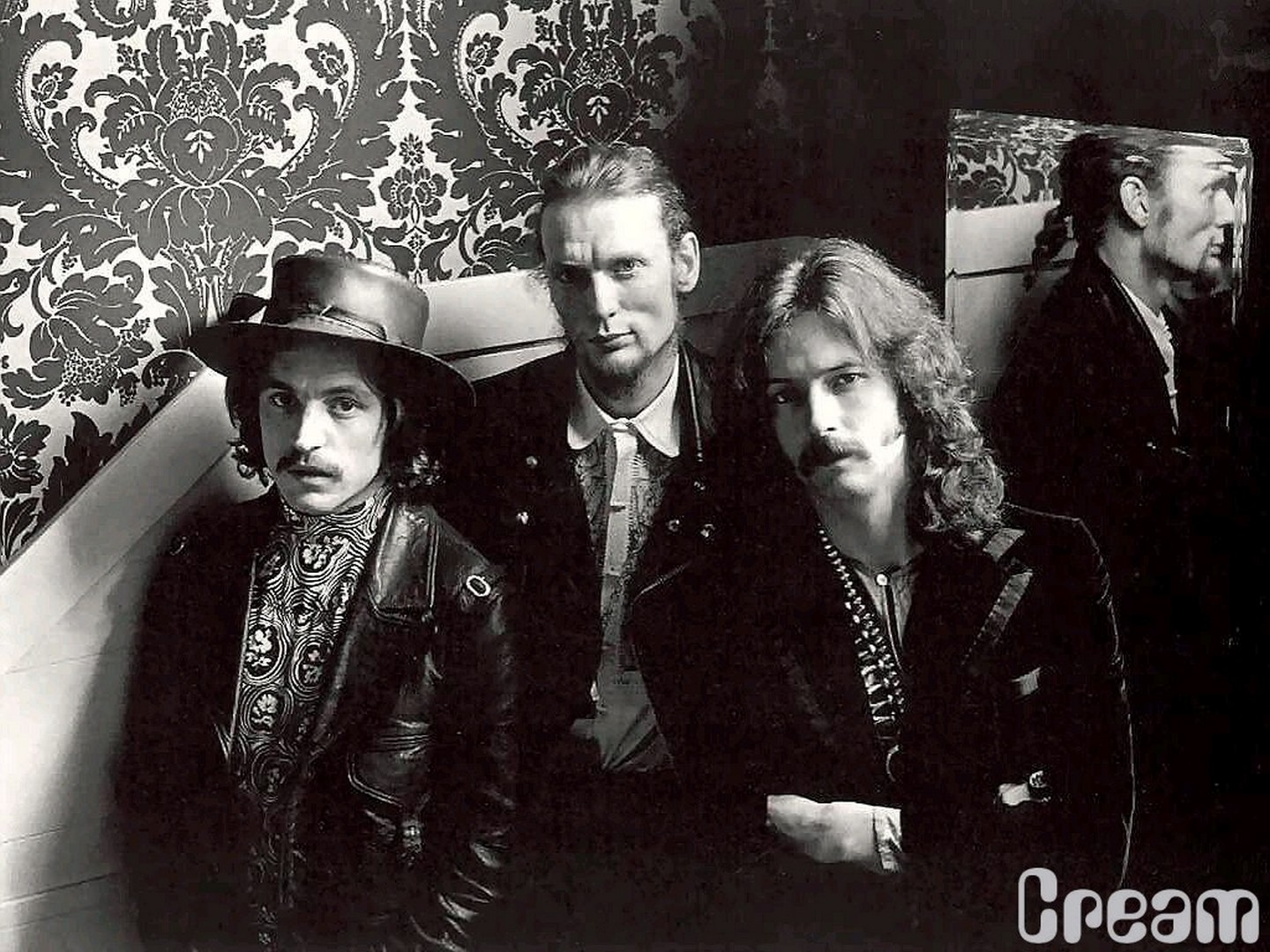 cream-band-wallpaper